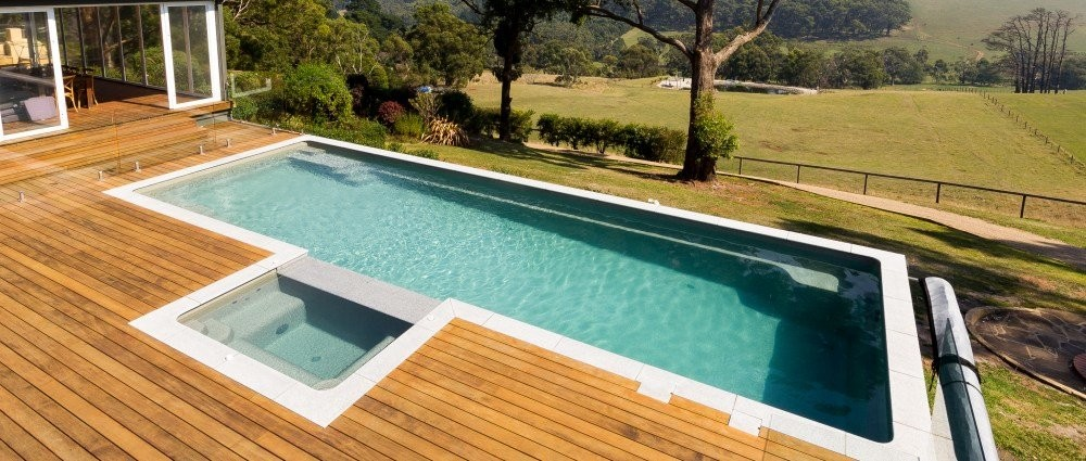 Composite Pool Solutions Infinity-Edge Fibreglass Pools